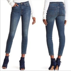 Free People classic skinny jeans size 26